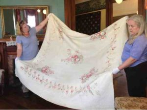 1840s Broderie Perce Quilt